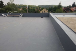 Střecha-detail atika mezi