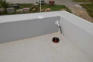 Střecha-detail atika a vpust